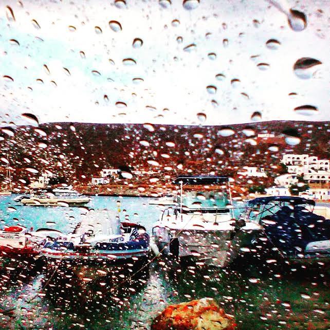 Πρωινή βροχή στο Καραβοστάσι