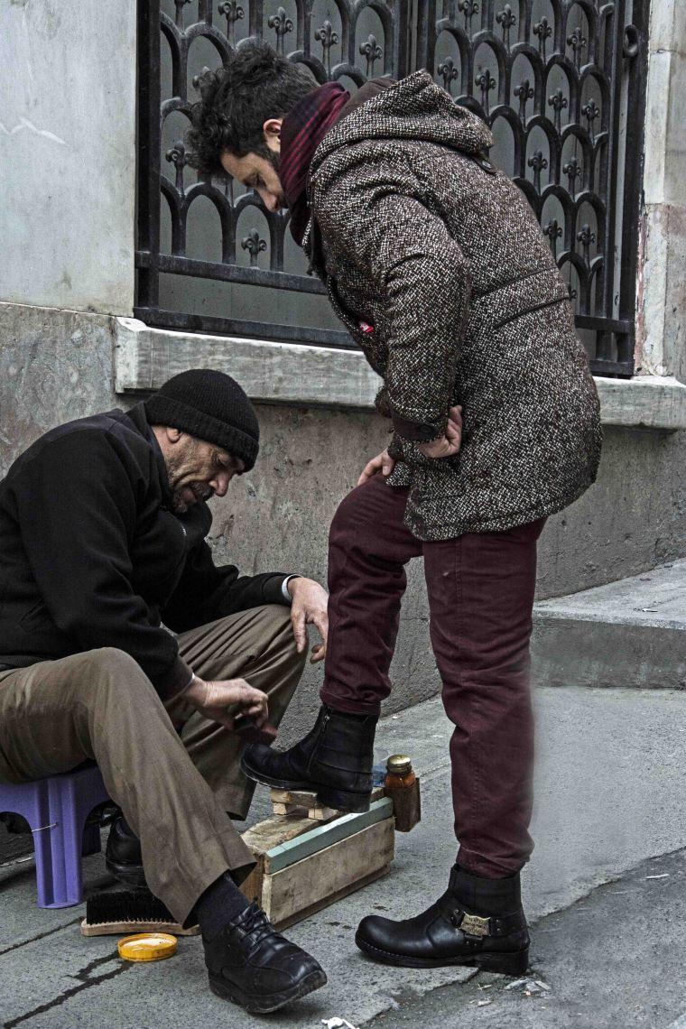 walking_in_istanbul_26