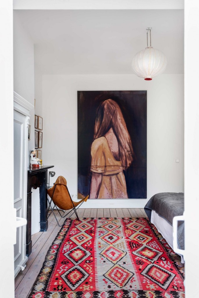 8-slaapkamer-kelim-vloerkleed-schilderij